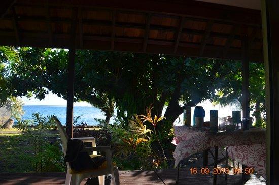 Pueu Village : vue sur la mer