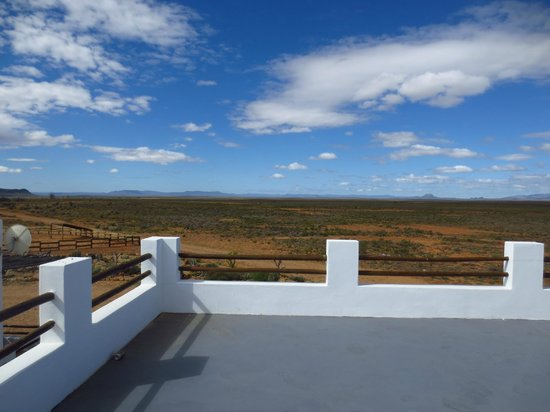 Inverdoorn Game Reserve: The rooftop balcony