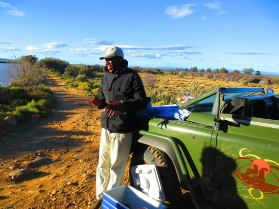 Inverdoorn Game Reserve: Ngwoni, the ranger-prescient!