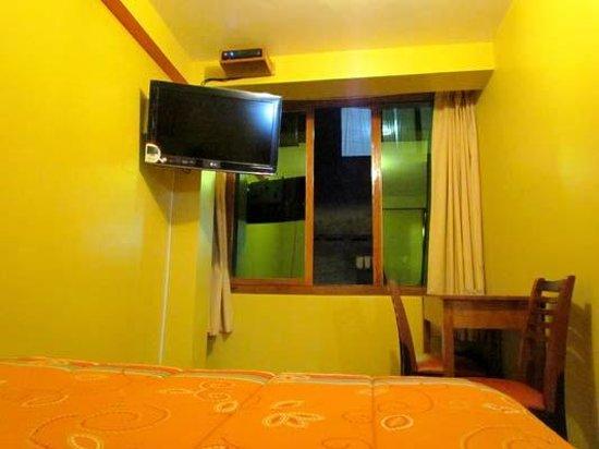 Machupicchu Eco Inn: here the room.. love it..