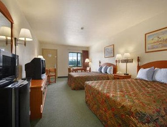 Photo of Days Inn & Suites Hankamer