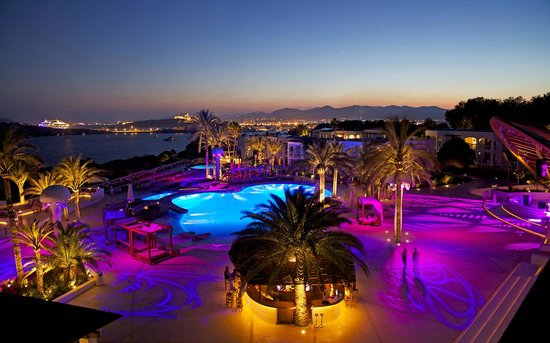 Destino Pacha Ibiza Resort: en haut de nuit