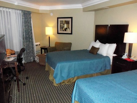 Best Western Plus Wine Country Inn & Suites: Hotel Room