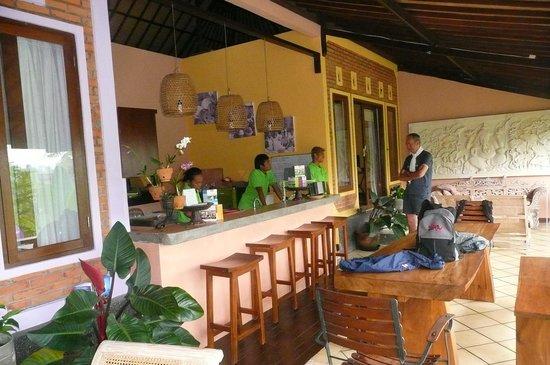 Capung Sakti Villas: Préparatifs ptit dèj