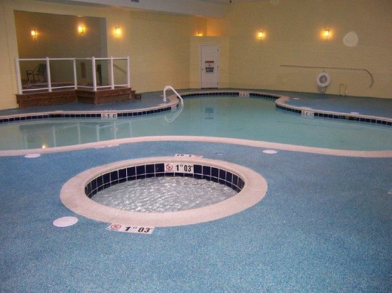 Holiday Inn Ocean City: Our Heated Indoor Pool with 2 Hot Tubs