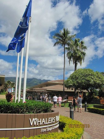 Westin Maui Resort And Spa: Whaler's Village