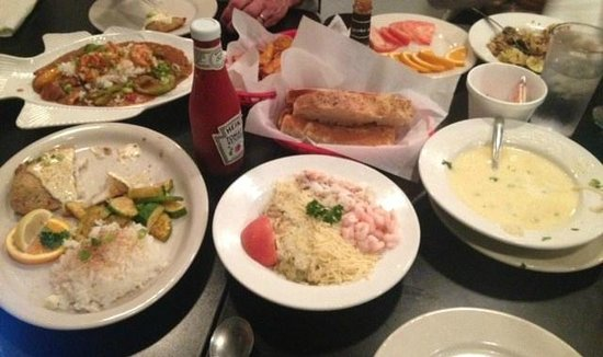 Mike's Seafood: halibut dijon, crab and shrimp linguine, gumbo, fresh bread, empty steamer clams