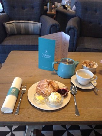 Clodagh's Kitchen: A relaxing tea, scone and chats