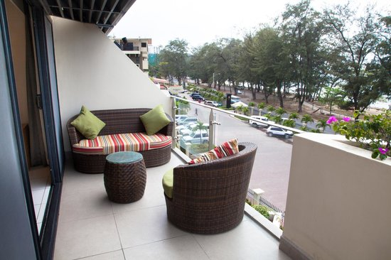 premier suite balcony over looks ela beach picture of ela beach rh tripadvisor co nz