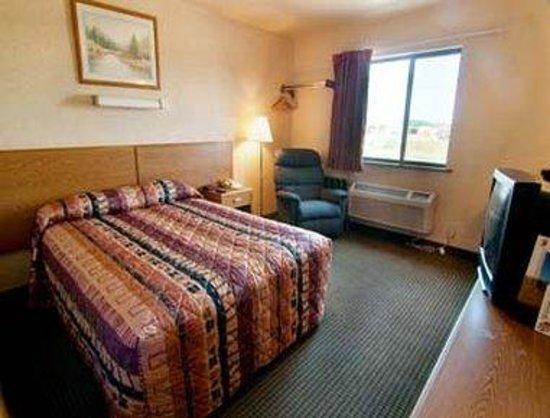 Super 8 Havre: Standard Queen Bed Room