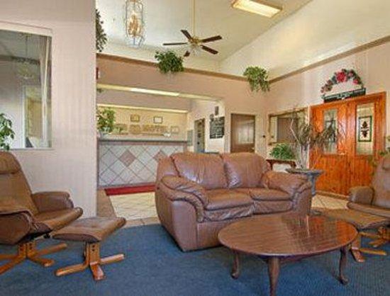 Super 8 Marana/Tucson Area: Lobby
