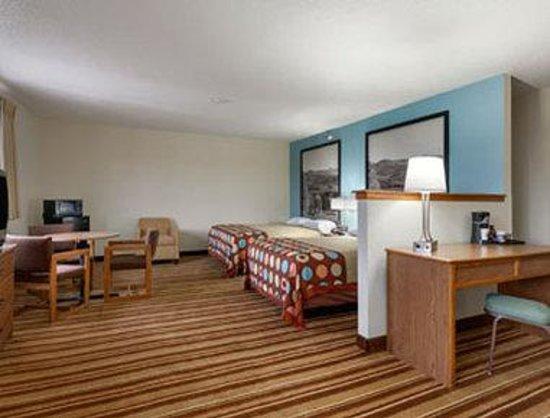 Super 8 Danville VA: Two Queen Bed Suite.