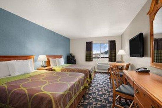Super 8 Springfield/Eugene: 2 Queen Bed Room