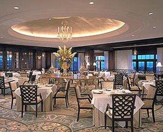Kiawah Island Golf Resort : The Ocean Room restaurant