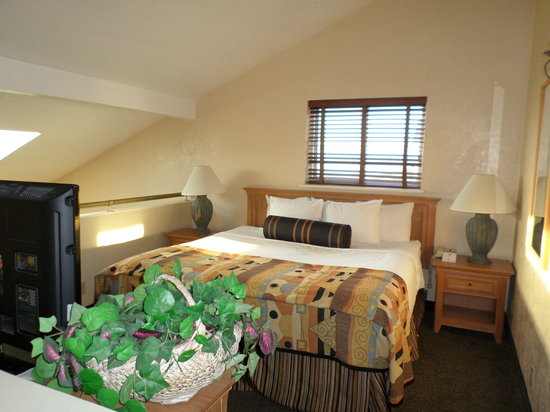 Best Western Plus Lincoln Sands Oceanfront Suites: Bedroom (2nd floor)
