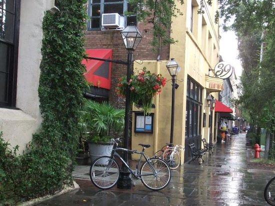 Hampton Inn Charleston - Historic District: Next door to the hotel