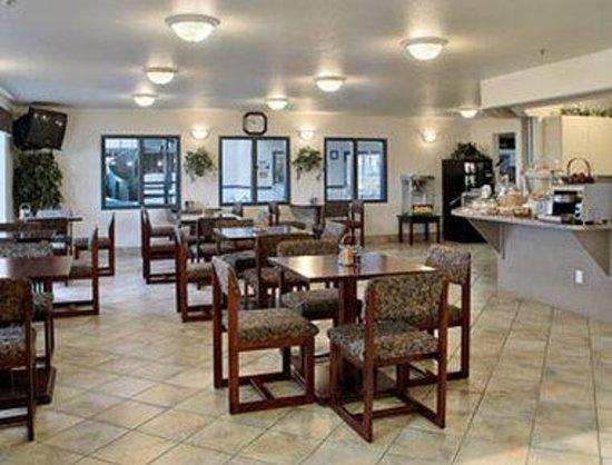 Canalta St Paul: Breakfast Area
