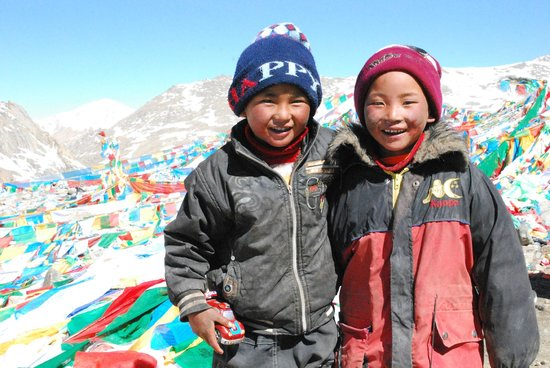 Mount Kailash : If these guys can cross an 18,000ft pass....