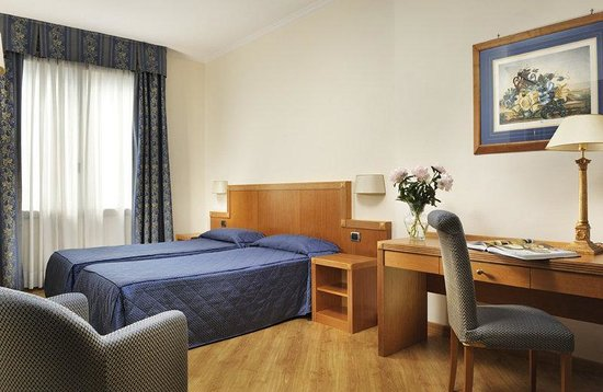 Grand Hotel Mediterraneo: Classic Room