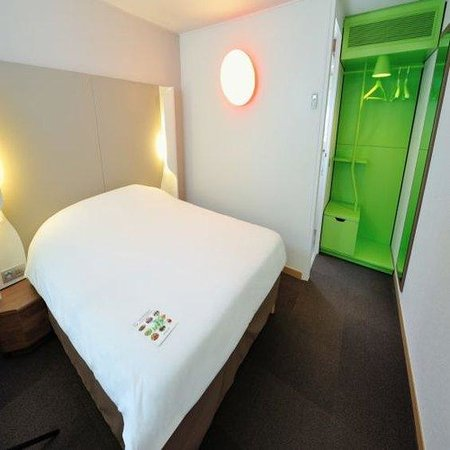 Campanile Limoges Nord: Double Room