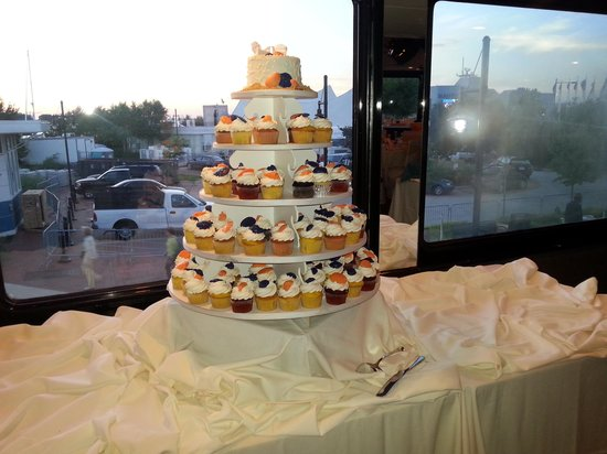 Wedding Cupcakes To Go Picture Of Spirit Of Norfolk