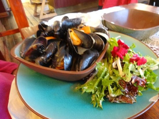 Narfeyrarstofa: Local wild Blue Mussels