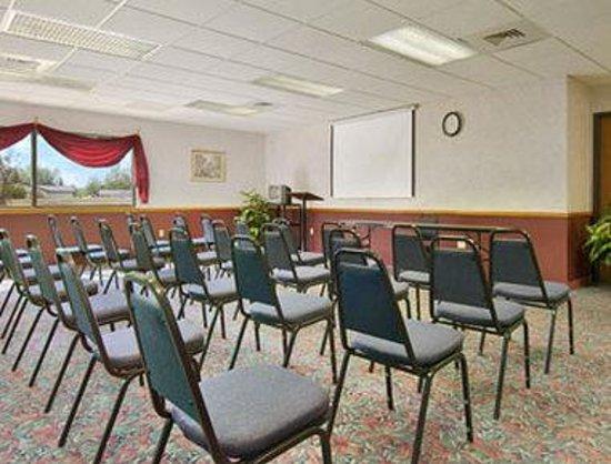 Super 8 Tomahawk : Meeting Room