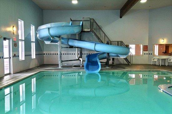 Whitewater Inn: Pool