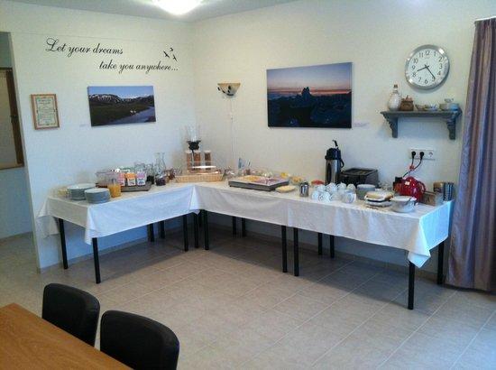 Lambastadir Guesthouse: Breakfast area