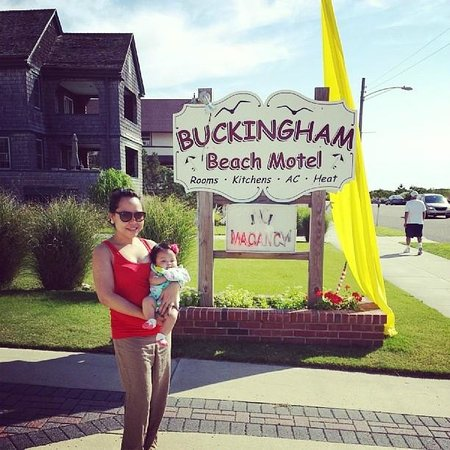 Buckingham Motel: Welcome to Buckingham!