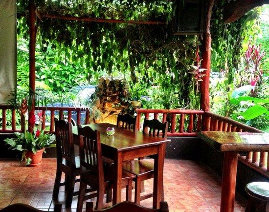 The Hummingbird Cafe: getlstd_property_photo