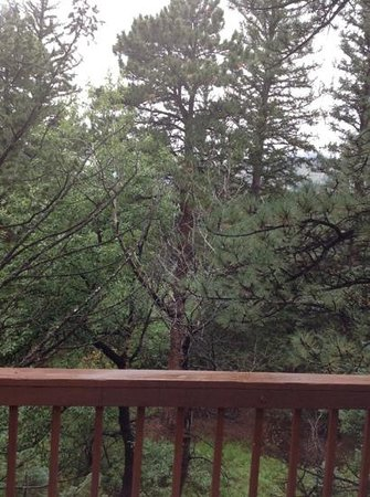 Romantic Riversong Bed and Breakfast Inn: view from deck