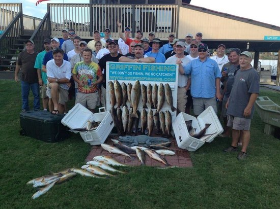 Barataria, LA: This crew loaded them in!