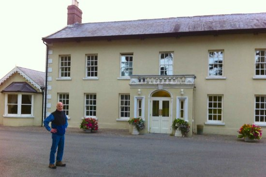 Roganstown Hotel and Country Club: Exterior