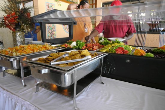 Visa Lodge Restaurant : Buffet, with salad Bar