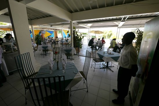 Visa Lodge Restaurant : Terrace view