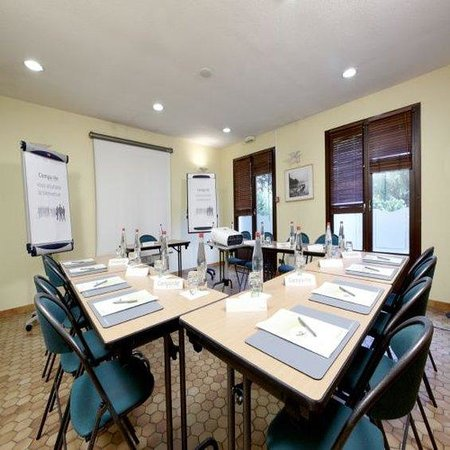 Campanile Charleville-Mezieres: Meeting Room