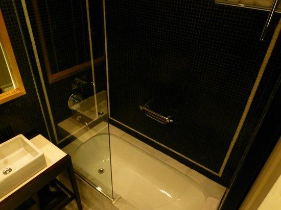 Hotel Pulitzer Buenos Aires: Baño 4
