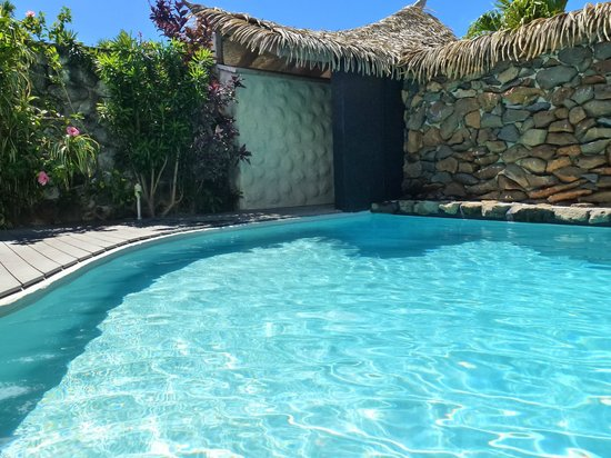 Aitutaki Escape: Pool