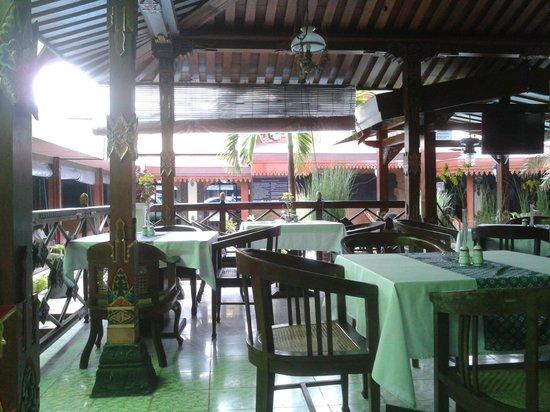 Istana Batik Ratna Hotel: Istana Batic Ratna Hotel