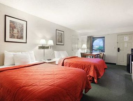Photo of Days Inn & Suites Columbia Airport West Columbia