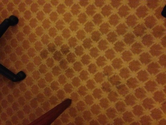 Country Inn & Suites By Carlson, Richmond West at I-64: carpet stains