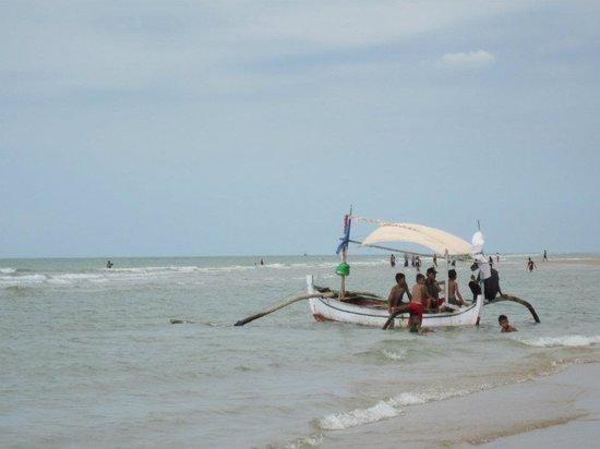 Lombang Beach: fisherman's boat