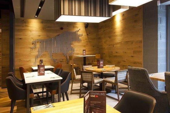 Premier Inn Halifax Town Centre: Halifax Town Centre Restaurant