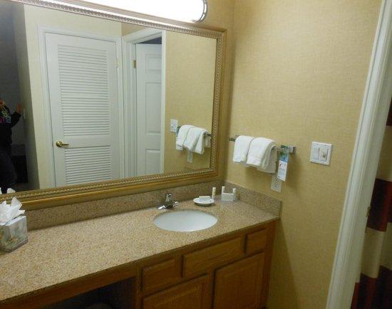 Residence Inn Denver Downtown: Bath