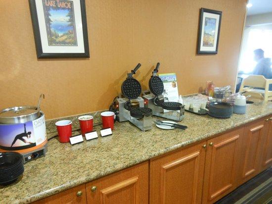Residence Inn Denver Downtown: Breakfast