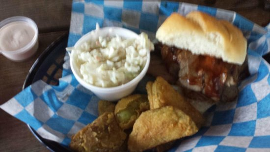 Deep South Family Bar-B-Que : Smoked brisket and friend green tomatoes and Cole Slaw