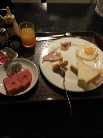 The Heritage Hotel Sathorn : breakfast roomservice