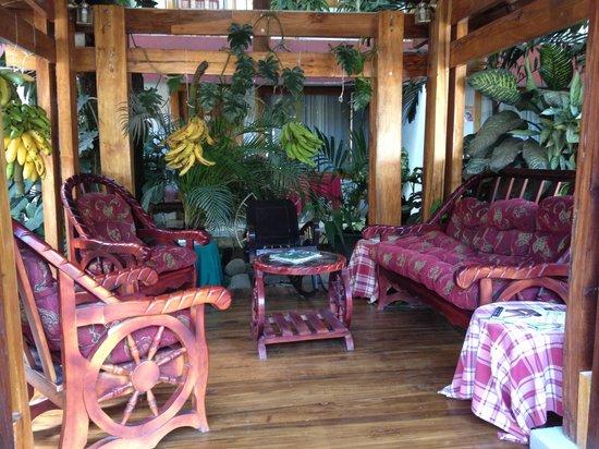 Hotel Javy: sitting area