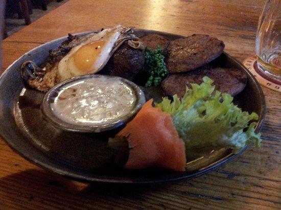 Beef steak with potato pancakes picture of dobra trefa for Bar food zizkov